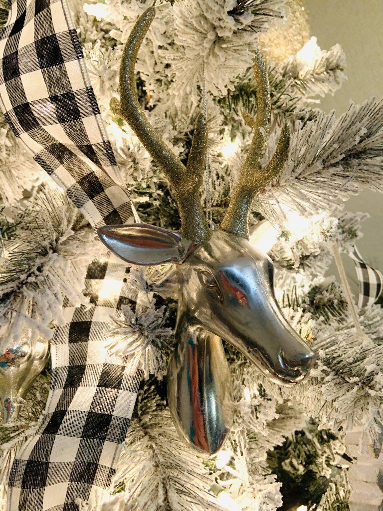 neutral Christmas tree